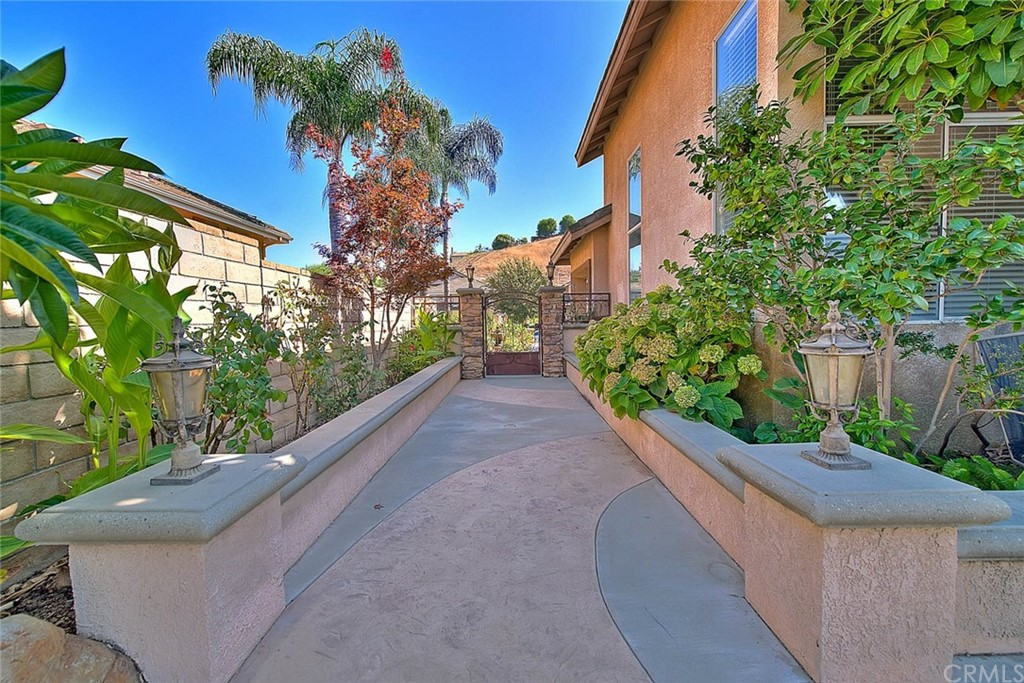 Pending   16530 Celadon Court Chino Hills, CA 91709 60