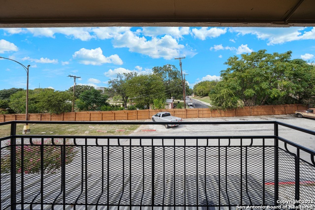 Active Option   923 Vance Jackson Rd #1506 San Antonio, TX 78201 27