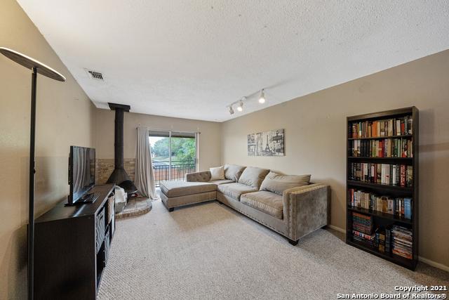 Active Option   923 Vance Jackson Rd #1506 San Antonio, TX 78201 6