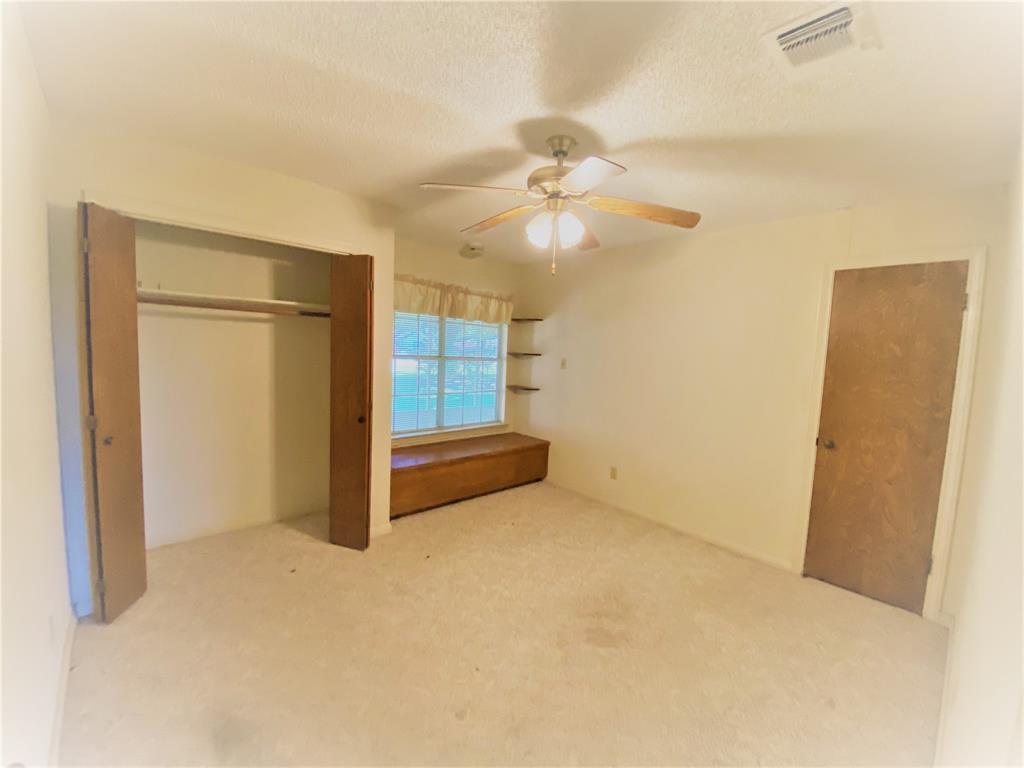 Active | 9237 Gene Street Needville, Texas 77461 19