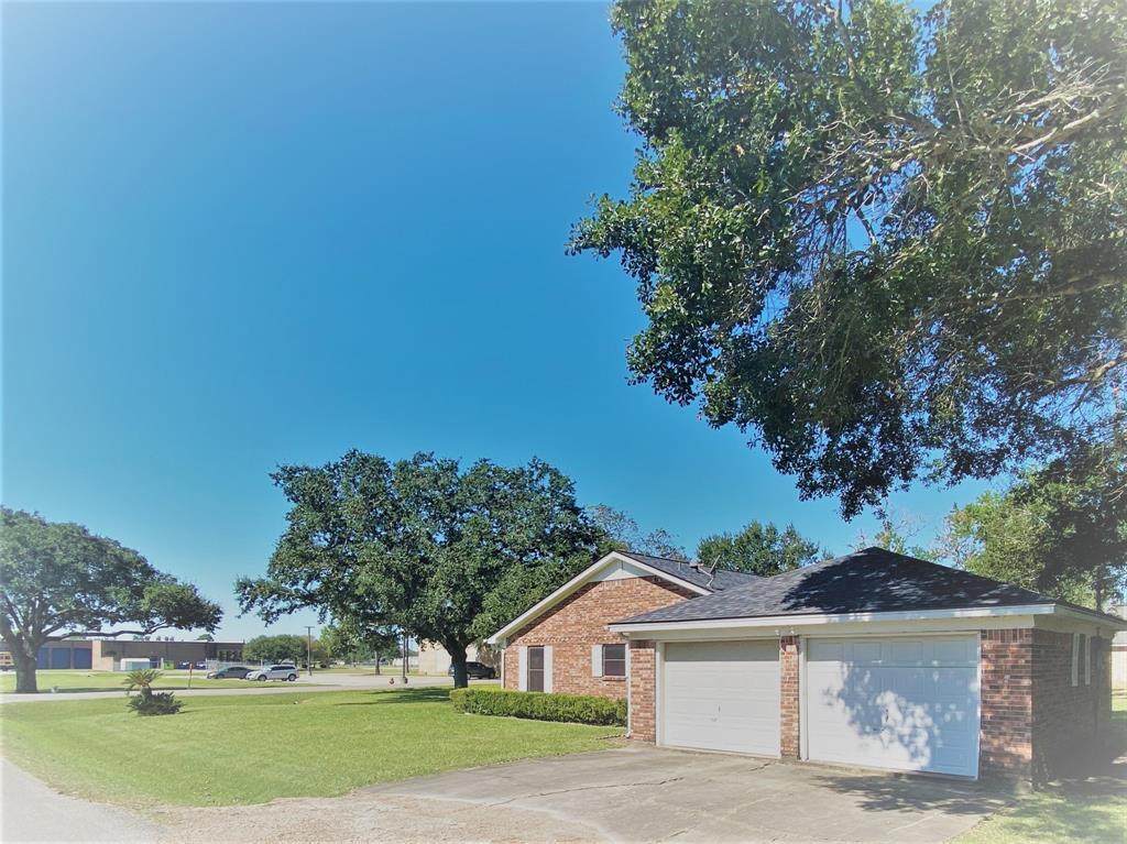 Active | 9237 Gene Street Needville, Texas 77461 30