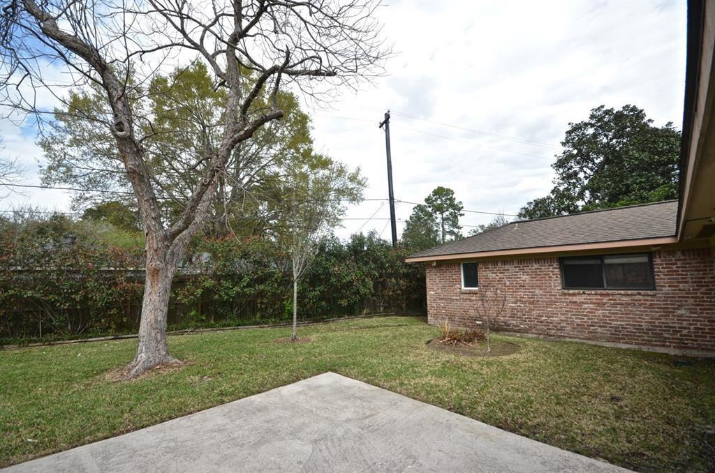 Active   5722 Braesvalley Drive Houston, Texas 77096 22
