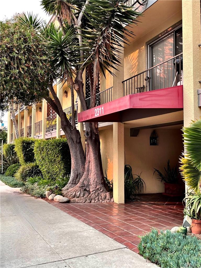 Active | 2311 Fourth #312 Santa Monica, CA 90405 1