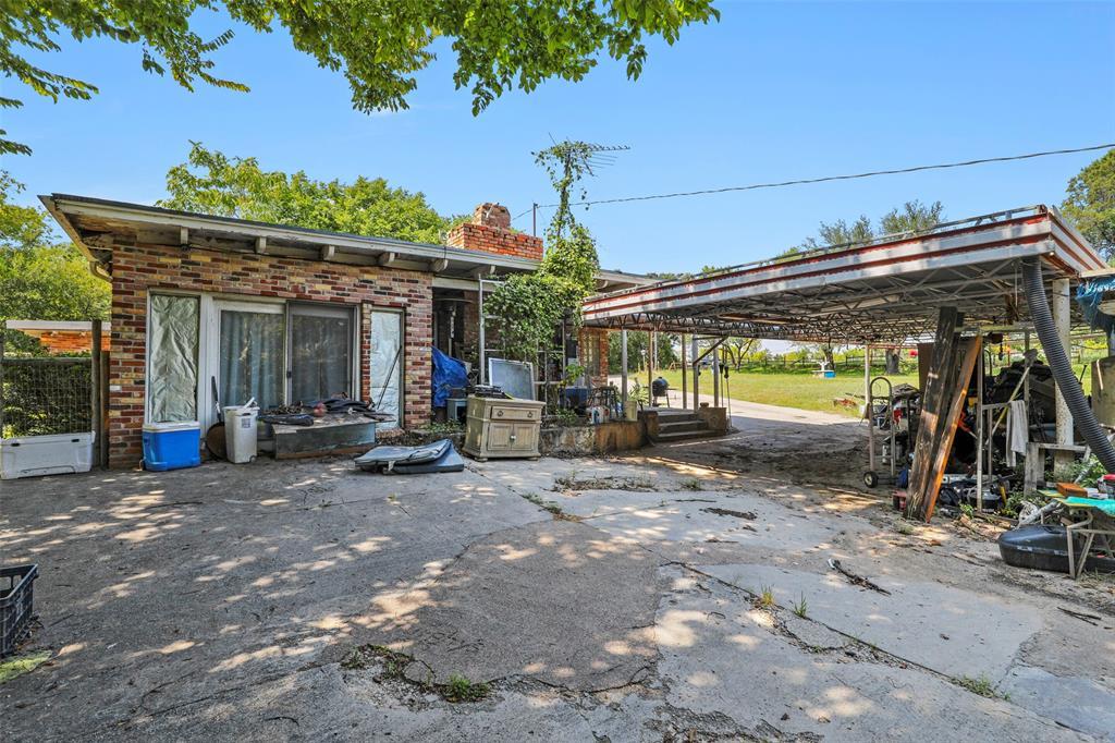Active | 1425 W Hwy 199 Az Azle, Texas 76020 10