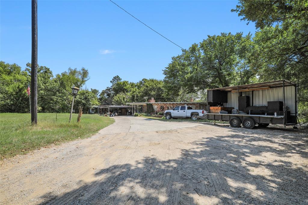 Active | 1425 W Hwy 199 Az Azle, Texas 76020 6