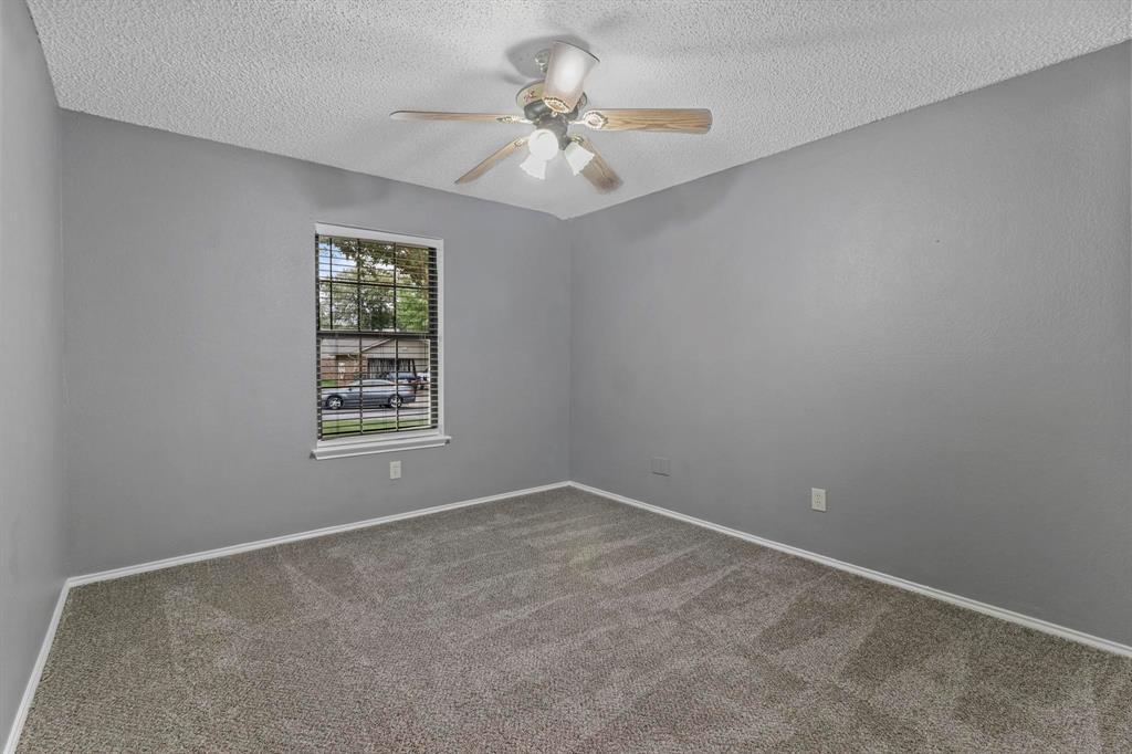 Pending | 2125 Reverchon Drive Arlington, Texas 76017 30