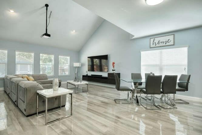 ActiveUnderContract   11701 Andesite Road Manor, TX 78653 0