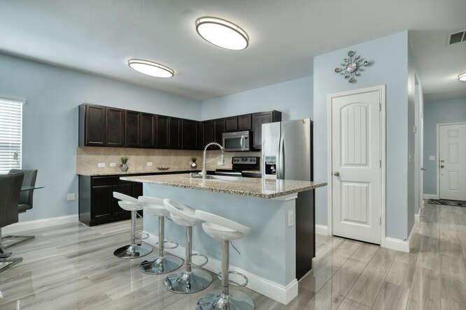 ActiveUnderContract   11701 Andesite Road Manor, TX 78653 2