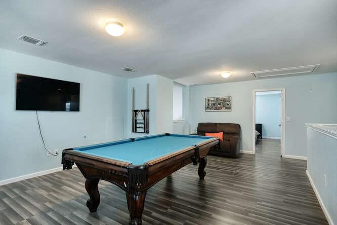 ActiveUnderContract   11701 Andesite Road Manor, TX 78653 5
