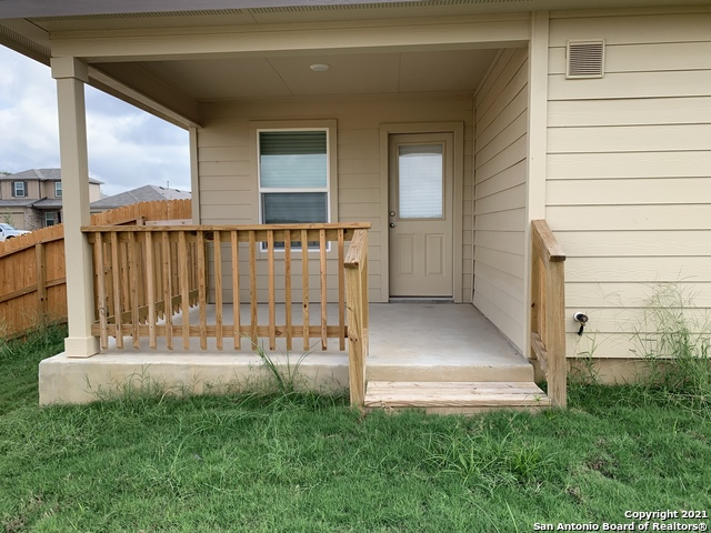 Off Market | 120 Middle Green Loop Floresville, TX 78114 17