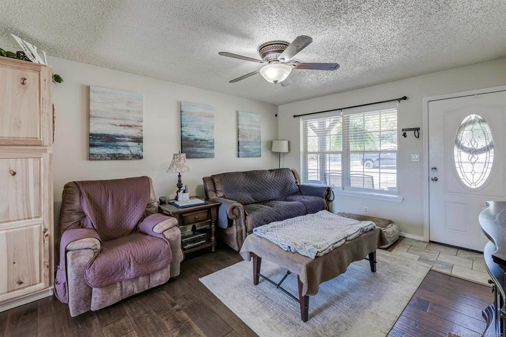 Off Market   405 Kelly Court Claremore, Oklahoma 74017 3