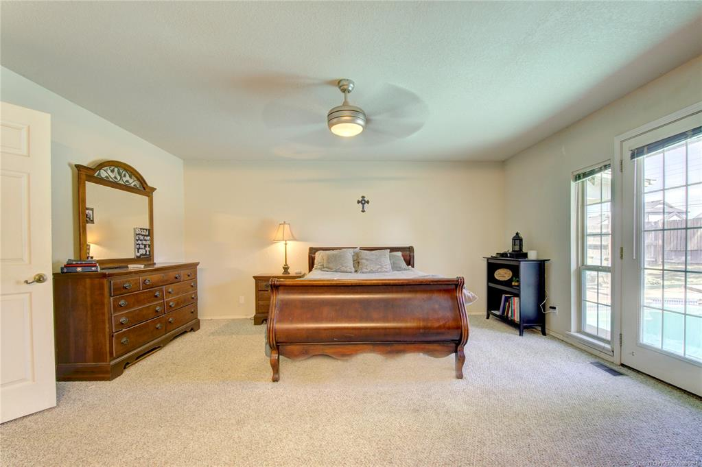 Active | 9327 S Oxford Place Tulsa, Oklahoma 74137 15