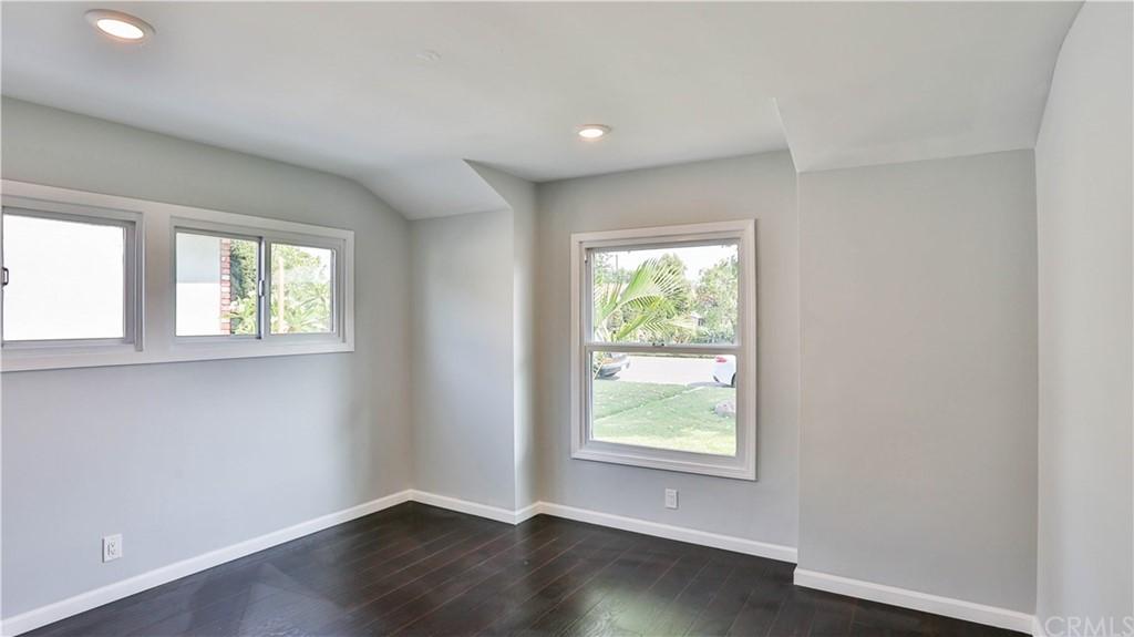 Pending | 9919 Pomering Road Downey, CA 90240 18