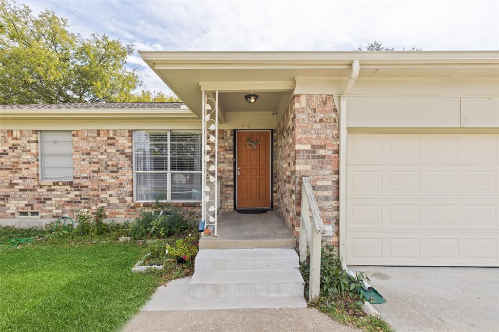 DFW Homes for Sale | 509 Harrelson Drive Princeton, Texas 75407 3
