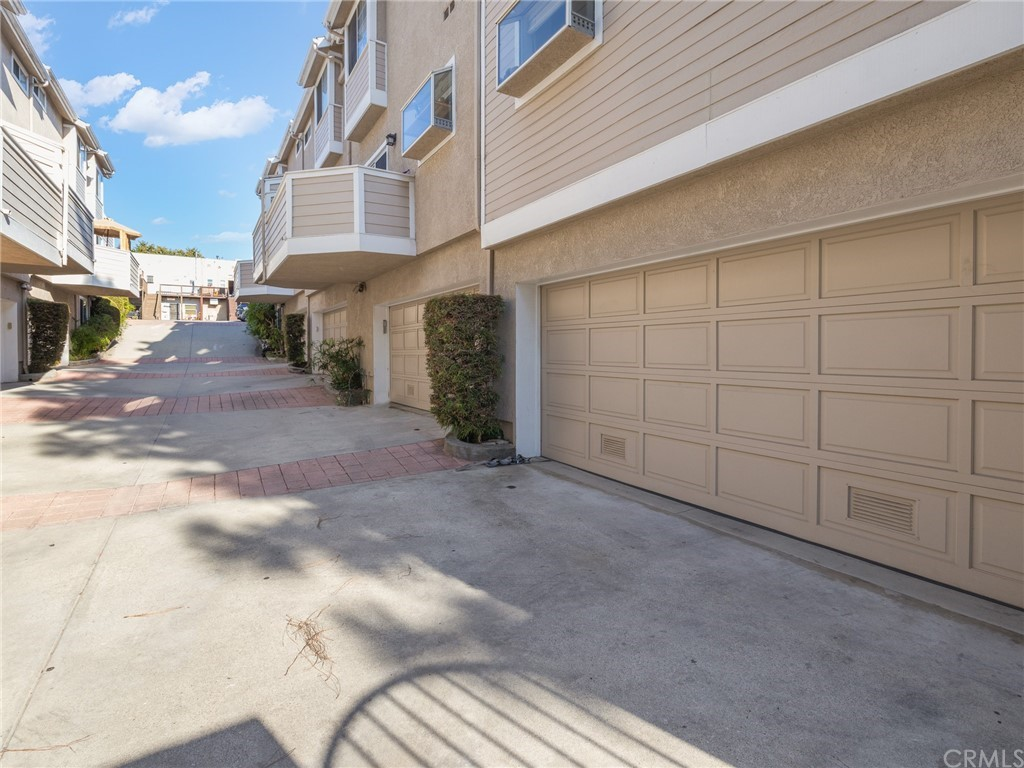 ActiveUnderContract | 400 Richmond Street #1 El Segundo, CA 90245 33