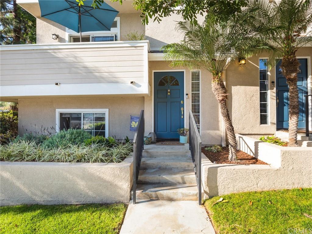 ActiveUnderContract | 400 Richmond Street #1 El Segundo, CA 90245 0