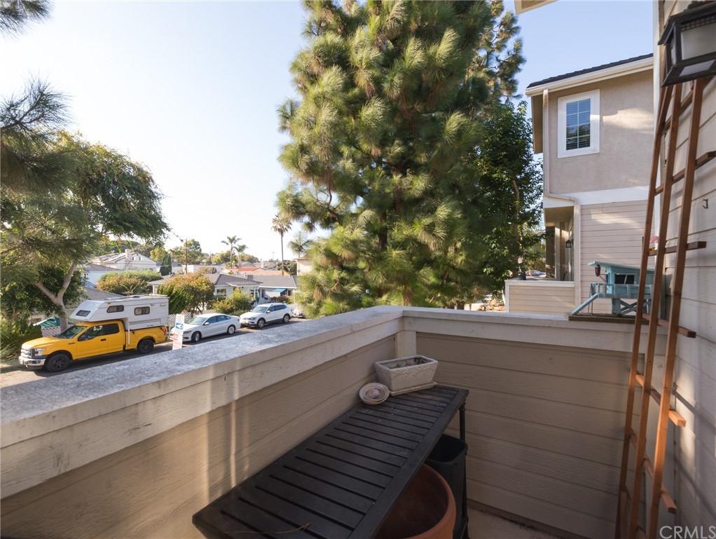 ActiveUnderContract | 400 Richmond Street #1 El Segundo, CA 90245 31