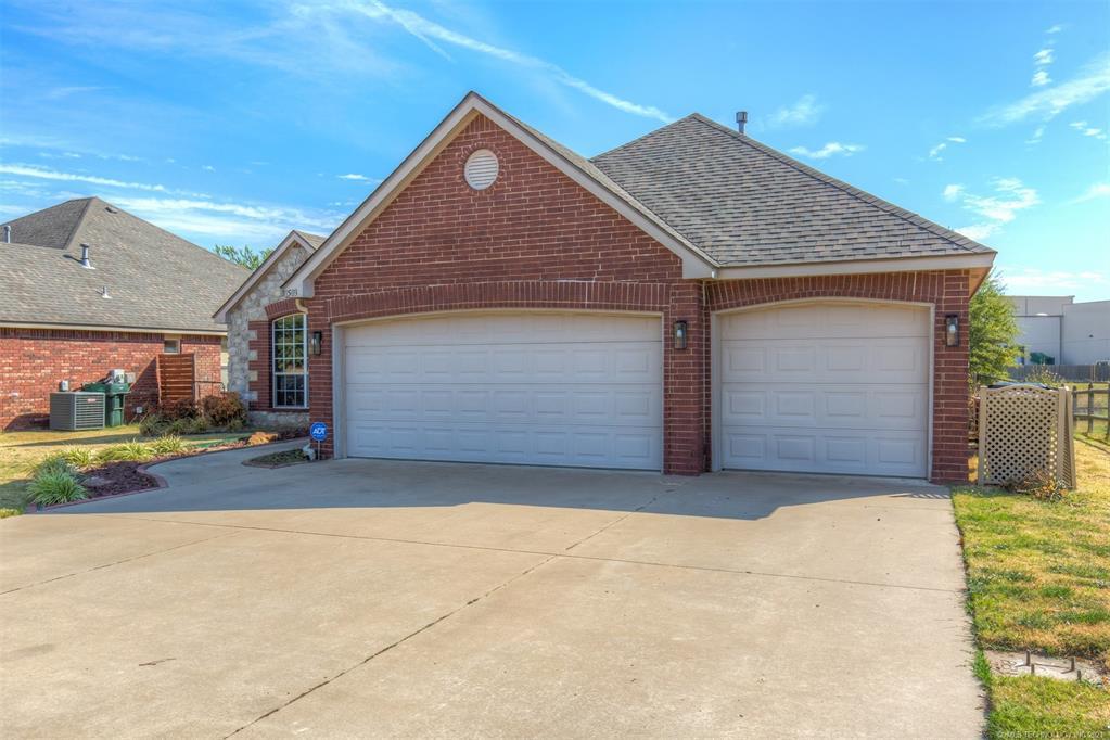 Active   11503 N 132nd East Avenue Owasso, Oklahoma 74055 37