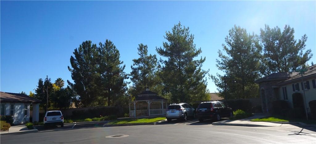 Pending | 1683 Beaver #A Beaumont, CA 92223 8