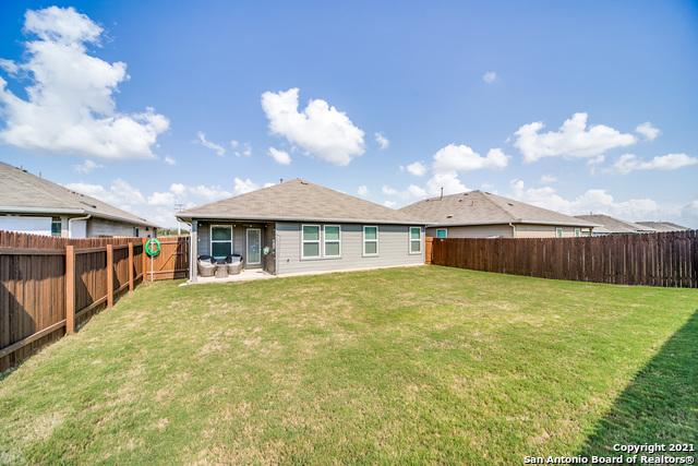 Pending   517 SUMMERSWEET RD New Braunfels, TX 78130 25