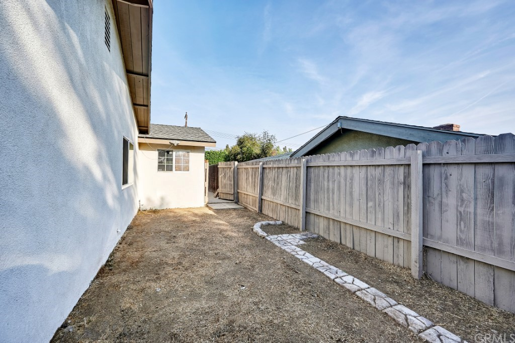 ActiveUnderContract | 1836 N 2nd Avenue Upland, CA 91784 48