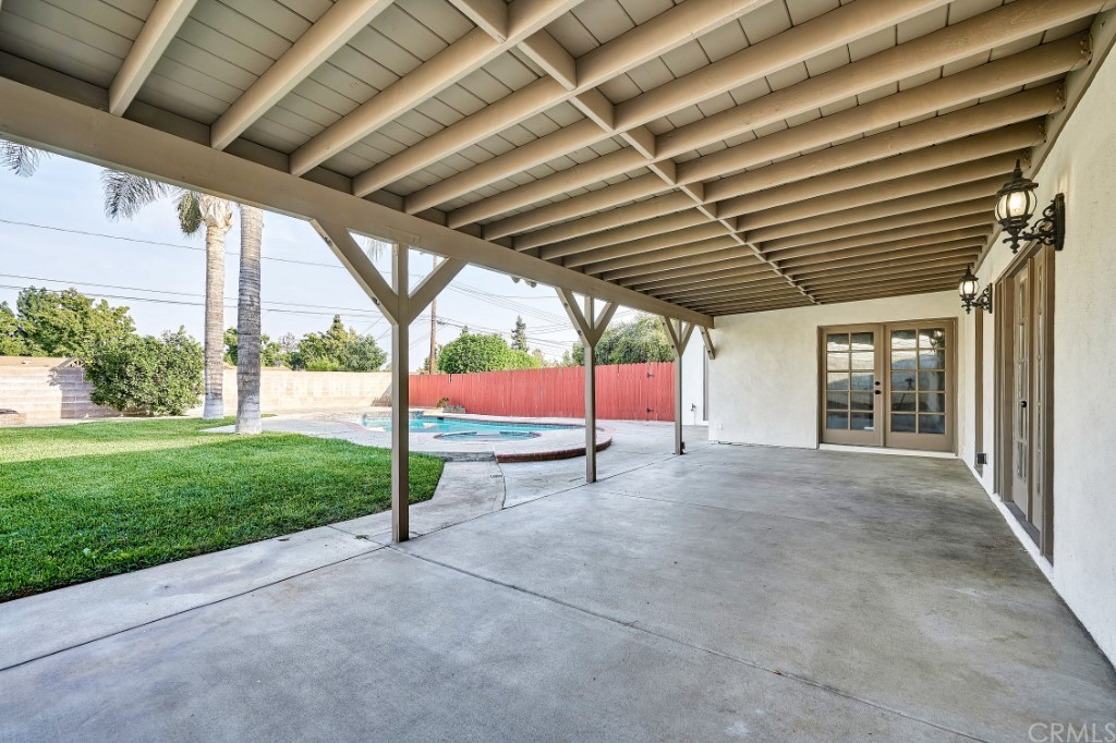 ActiveUnderContract | 1836 N 2nd Avenue Upland, CA 91784 40