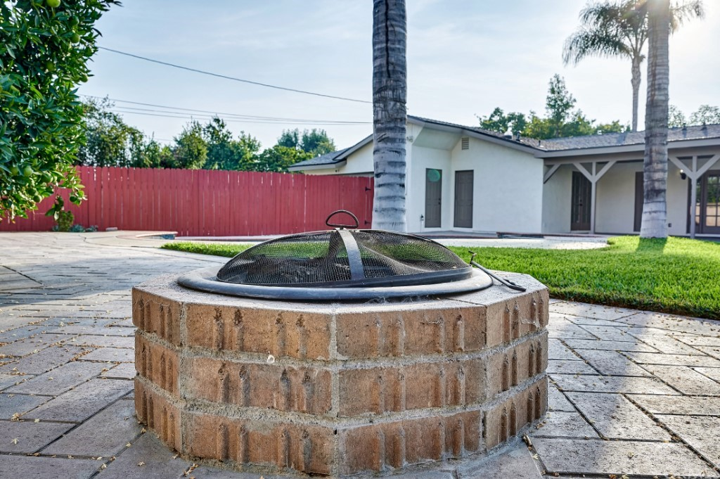 ActiveUnderContract | 1836 N 2nd Avenue Upland, CA 91784 47