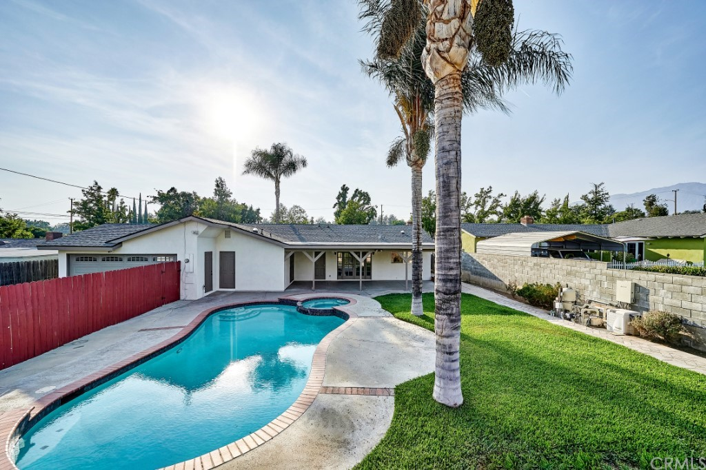 ActiveUnderContract | 1836 N 2nd Avenue Upland, CA 91784 45