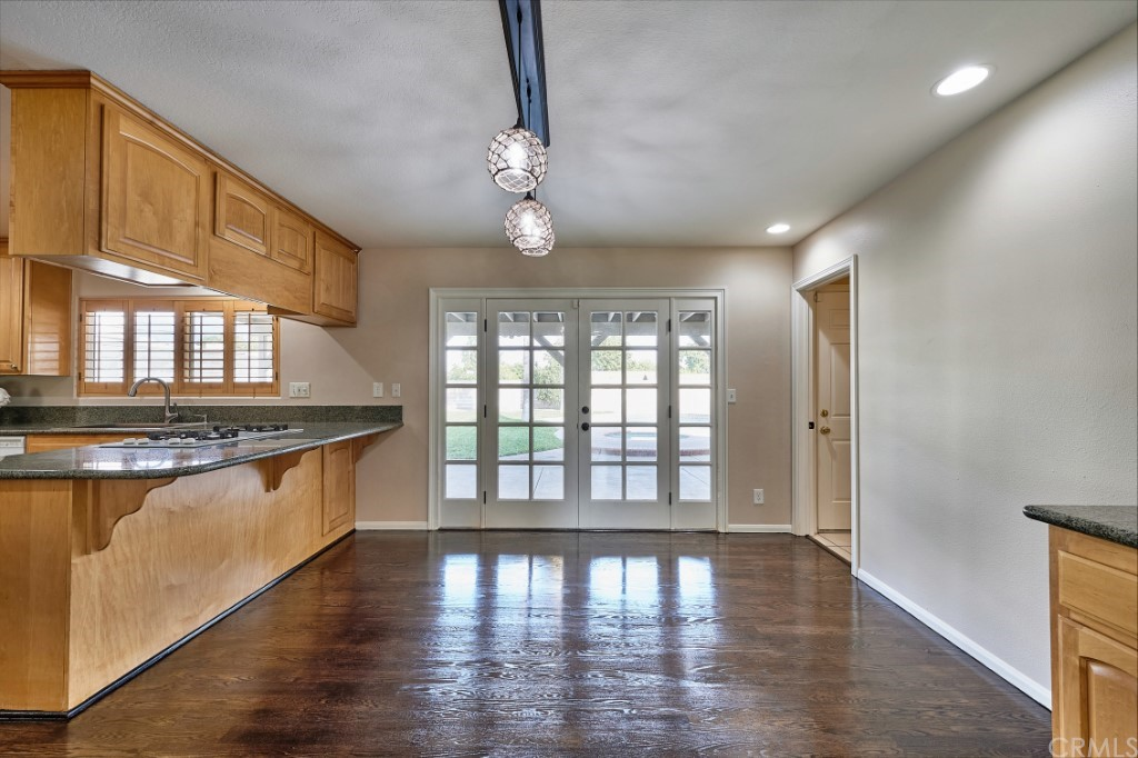 ActiveUnderContract | 1836 N 2nd Avenue Upland, CA 91784 12