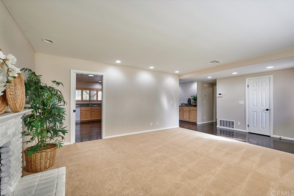 ActiveUnderContract | 1836 N 2nd Avenue Upland, CA 91784 9