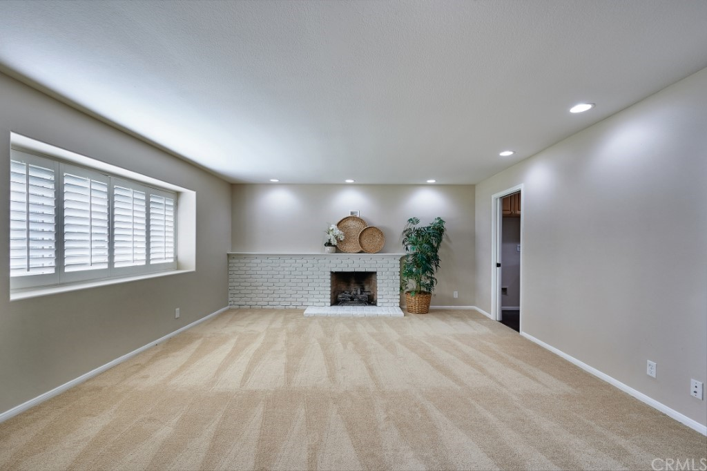ActiveUnderContract | 1836 N 2nd Avenue Upland, CA 91784 8