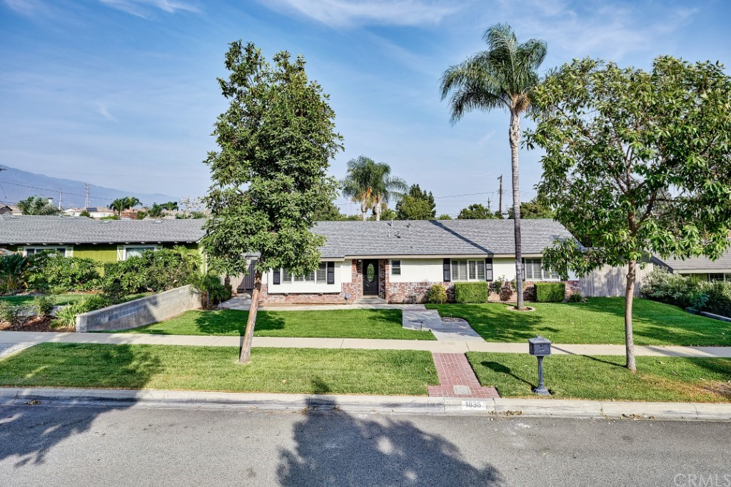 ActiveUnderContract | 1836 N 2nd Avenue Upland, CA 91784 1