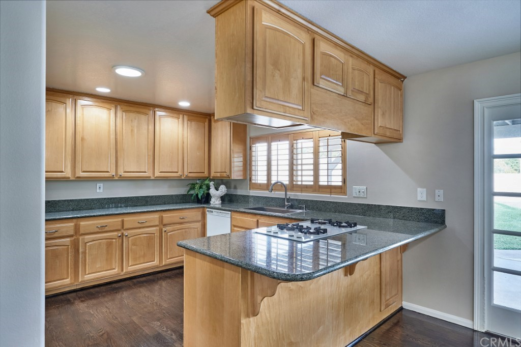ActiveUnderContract | 1836 N 2nd Avenue Upland, CA 91784 16