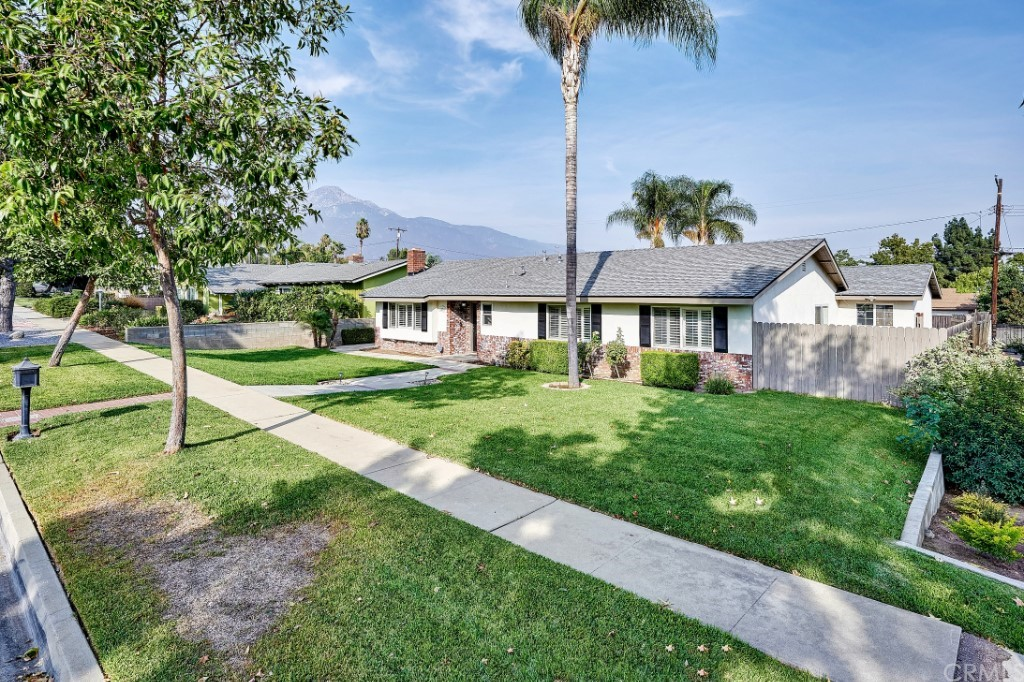 ActiveUnderContract | 1836 N 2nd Avenue Upland, CA 91784 3