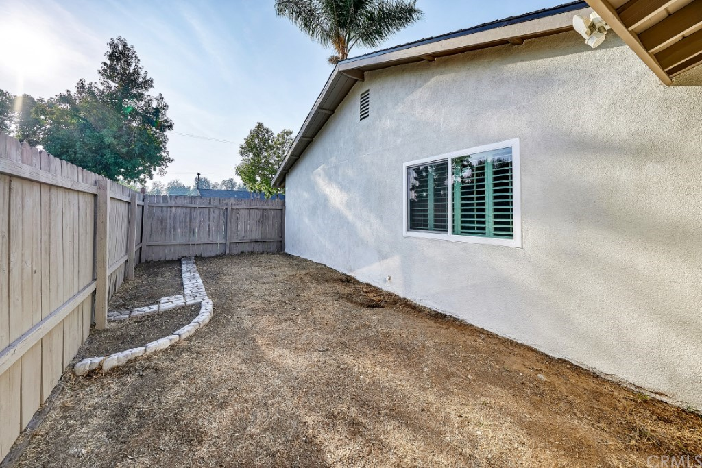 ActiveUnderContract | 1836 N 2nd Avenue Upland, CA 91784 49