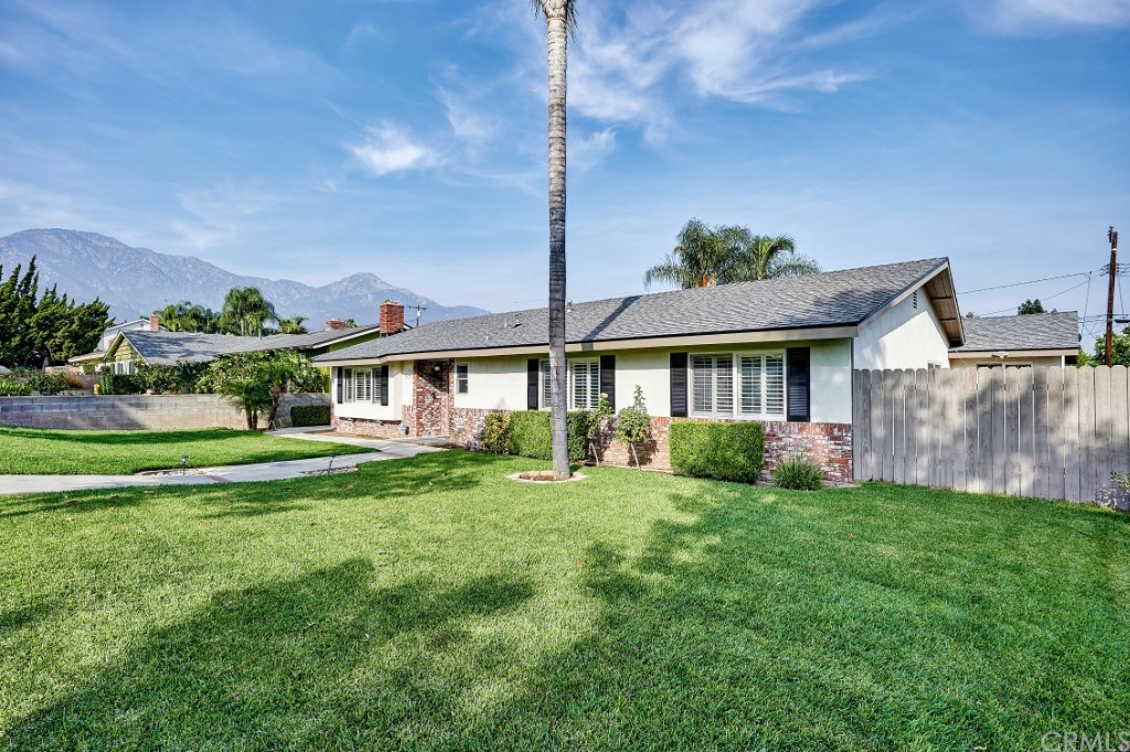 ActiveUnderContract | 1836 N 2nd Avenue Upland, CA 91784 4