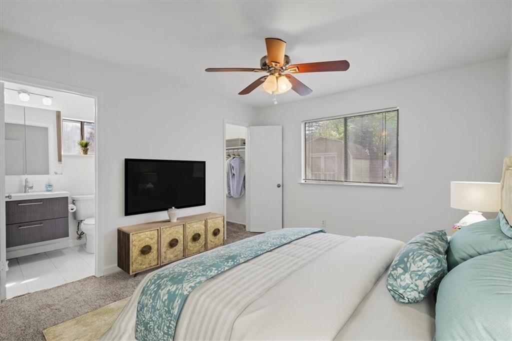 ActiveUnderContract | 401 Blueberry Hill Austin, TX 78745 11