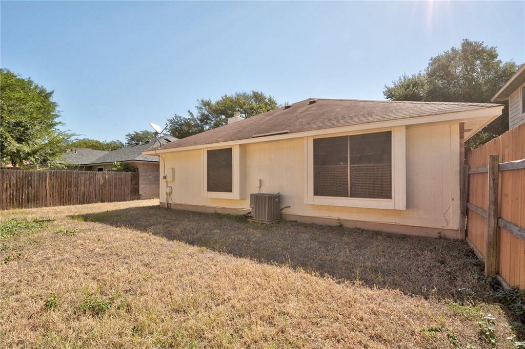 ActiveUnderContract | 4608 Castleman Drive Austin, TX 78725 22