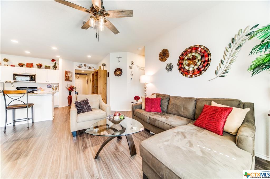Pending   517 Summersweet Road New Braunfels, TX 78130 5