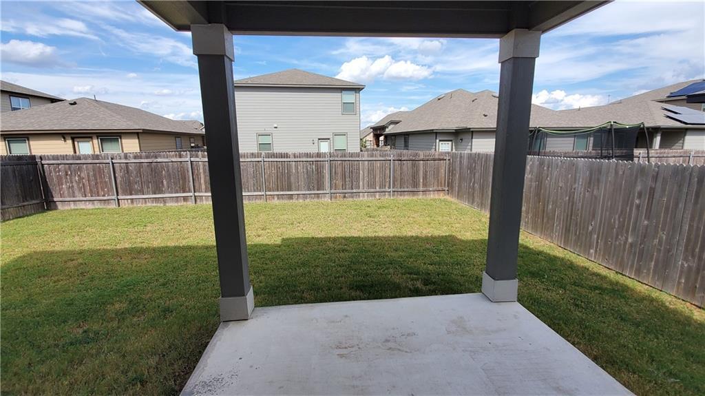 ActiveUnderContract   13725 Vigilance Street Manor, TX 78653 7