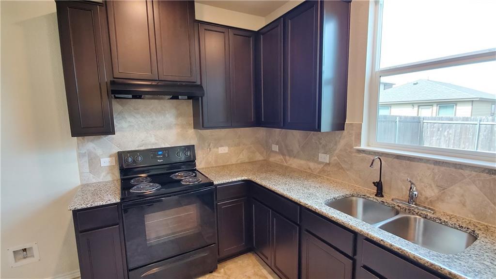 ActiveUnderContract   13725 Vigilance Street Manor, TX 78653 19