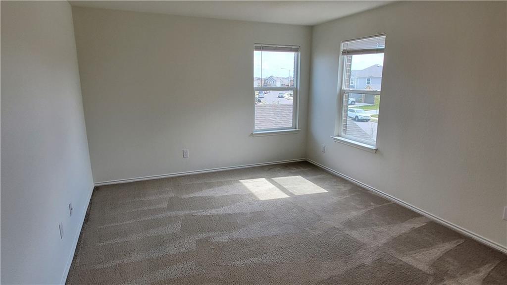 ActiveUnderContract   13725 Vigilance Street Manor, TX 78653 36
