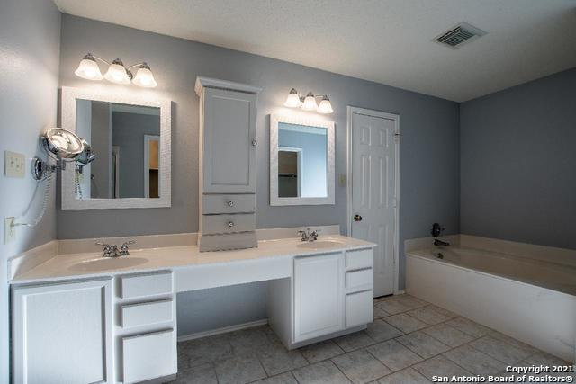 Active Option | 9010 Limestone Hill San Antonio, TX 78254 15