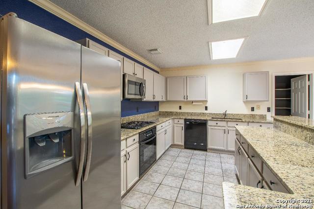 Active Option | 9010 Limestone Hill San Antonio, TX 78254 7