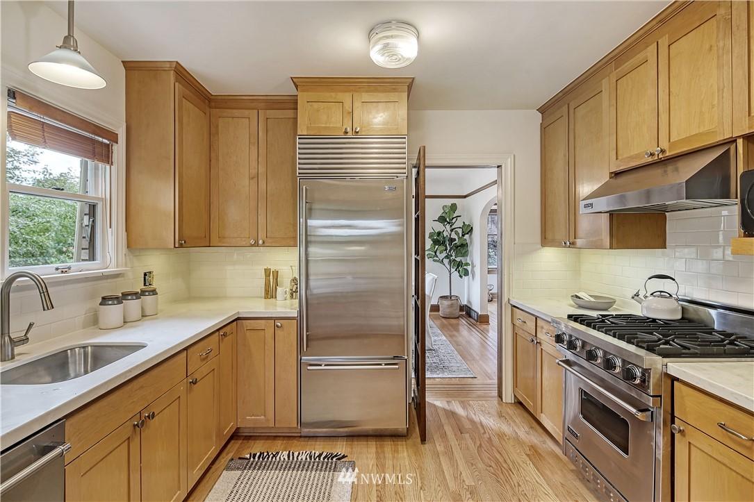 Off Market   5559 34th Avenue NE Seattle, WA 98105 6