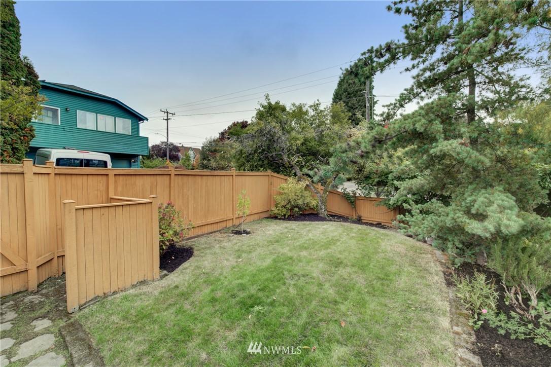 Pending | 1617 NE 80th St, Seattle, WA 98115 33