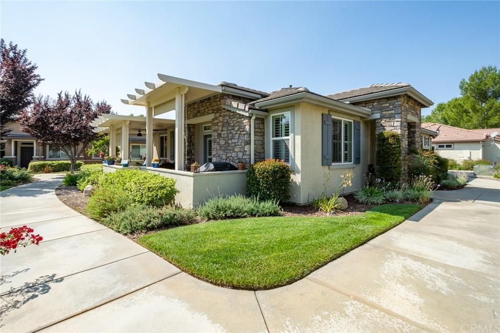 Pending   1623 Beaver Creek #A Beaumont, CA 92223 4