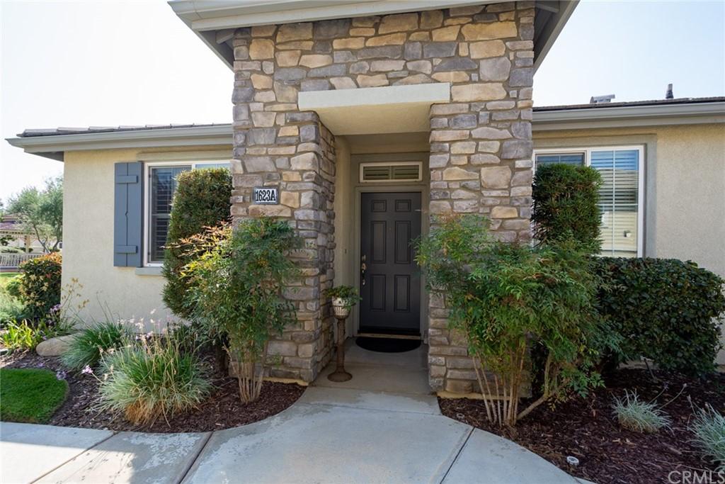 Pending   1623 Beaver Creek #A Beaumont, CA 92223 5