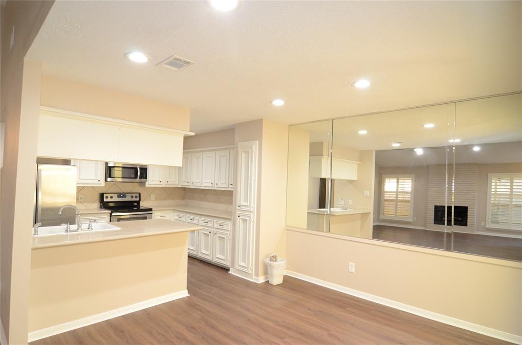 Option Pending | 12032 Texas National Boulevard Willis, Texas 77378 9