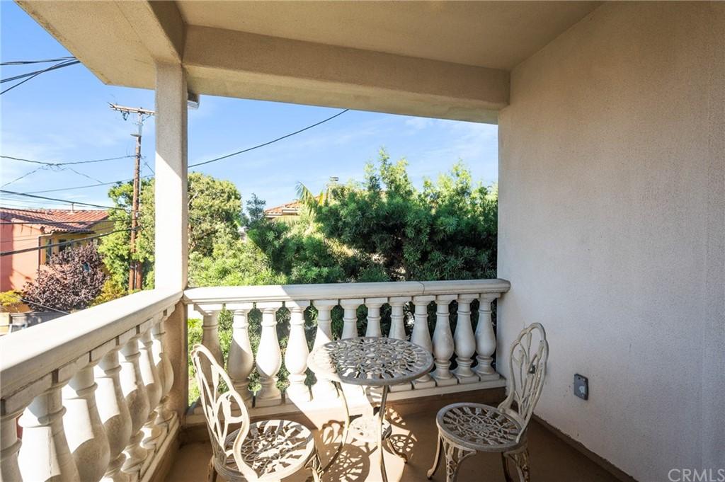 Active | 609 Elvira Avenue #B Redondo Beach, CA 90277 32